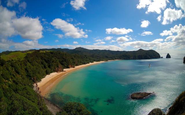 new-chums-beach-new-zealand