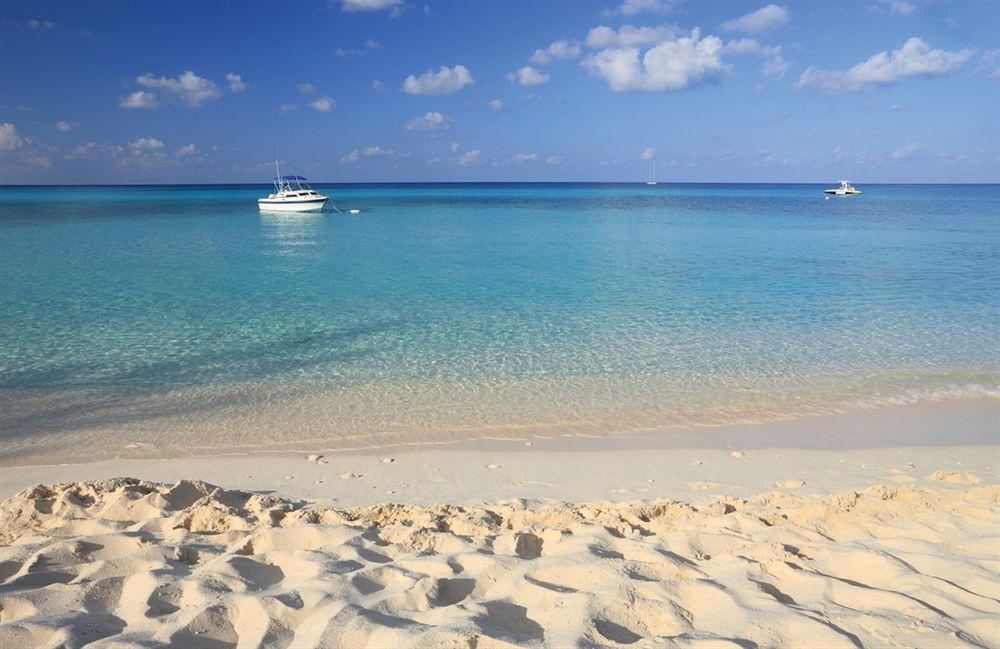 Mile Beach Cayman Islands